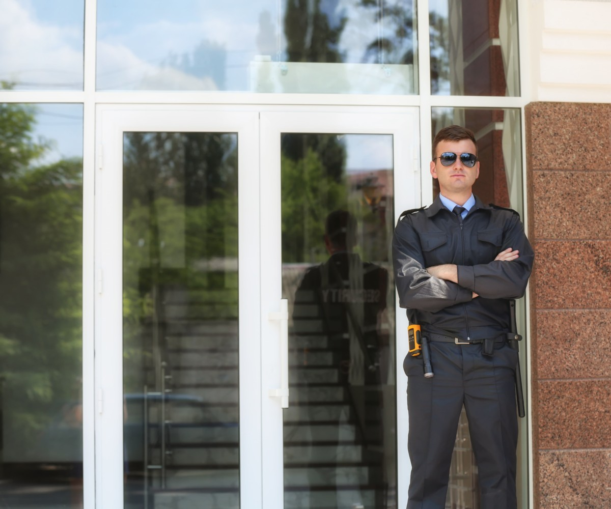 Top 15 Qualities to Look for in A Residential Security Guard